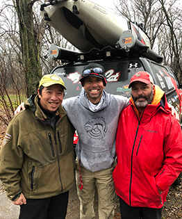 Meet the Grateful Guides Bass Fishing